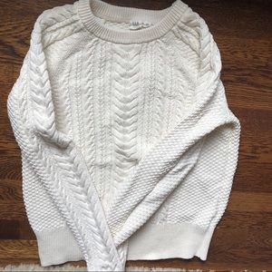 Women's GAP cable knit LT sweater